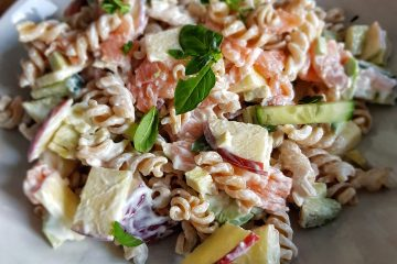 Smoked salmon pasta with avocado