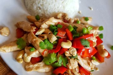 Chicken stirfry with cashew nuts