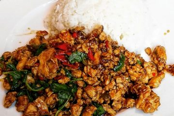 Traditionele Phad Krapao
